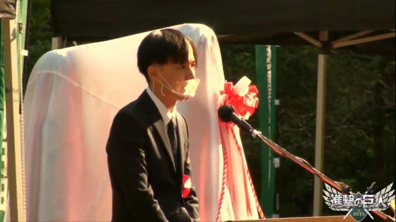 L'Attacco dei Giganti vivrà per sempre, Isayama inaugura la statua di Eren, Armin e Mikasa