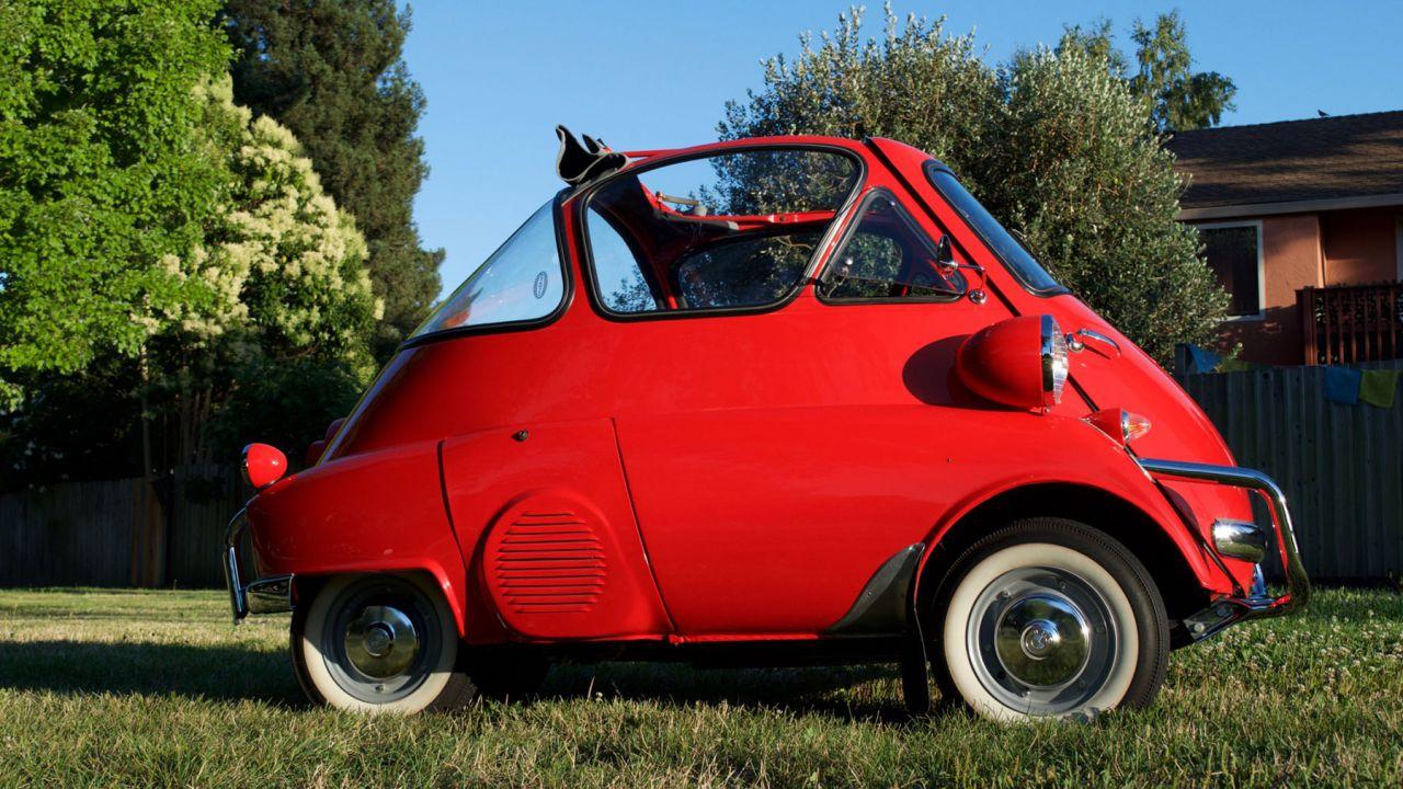 L Originale Fiat 500 Vi Sembra Piccola Guardate Questa Bmw Isetta