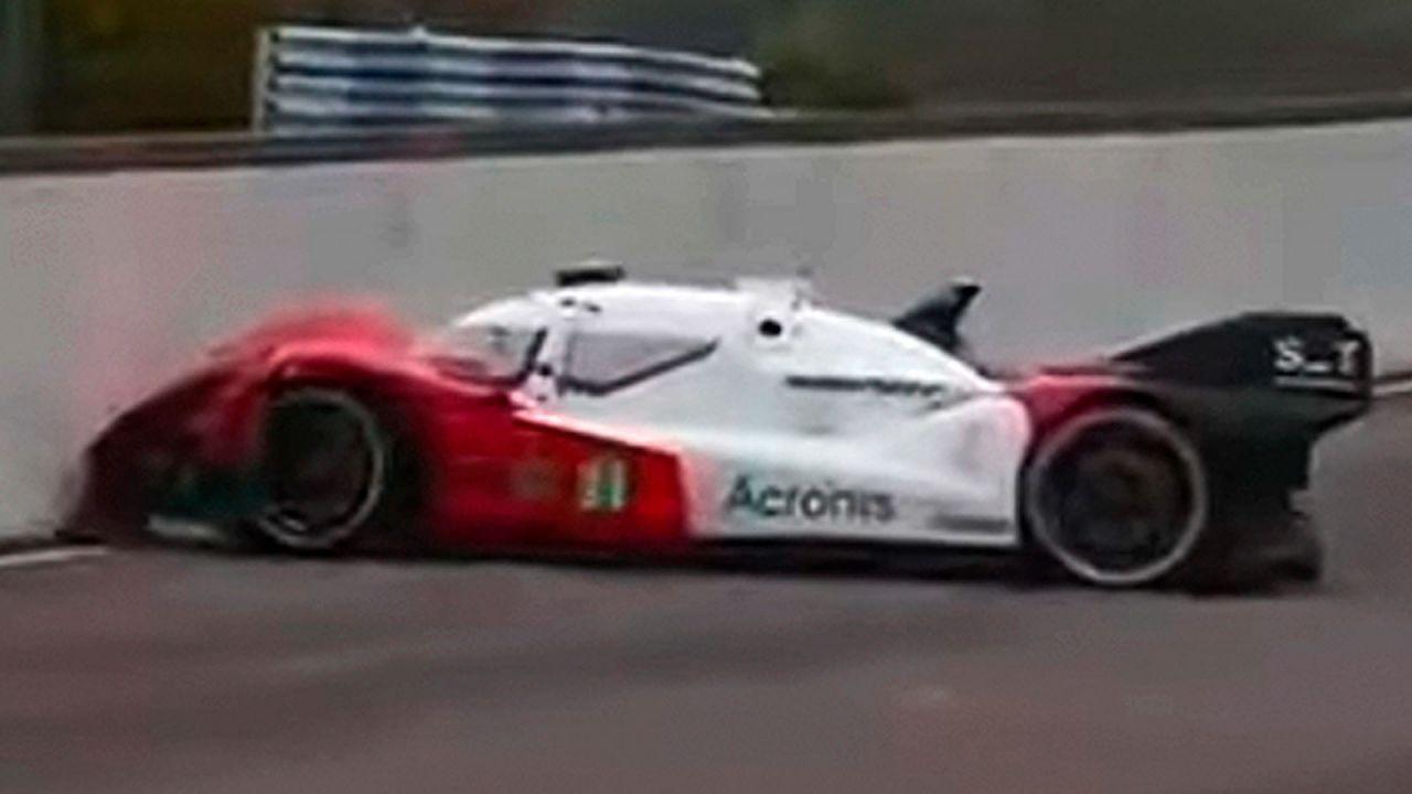 La prima auto da corsa a guida autonoma si è autodistrutta, ecco perché