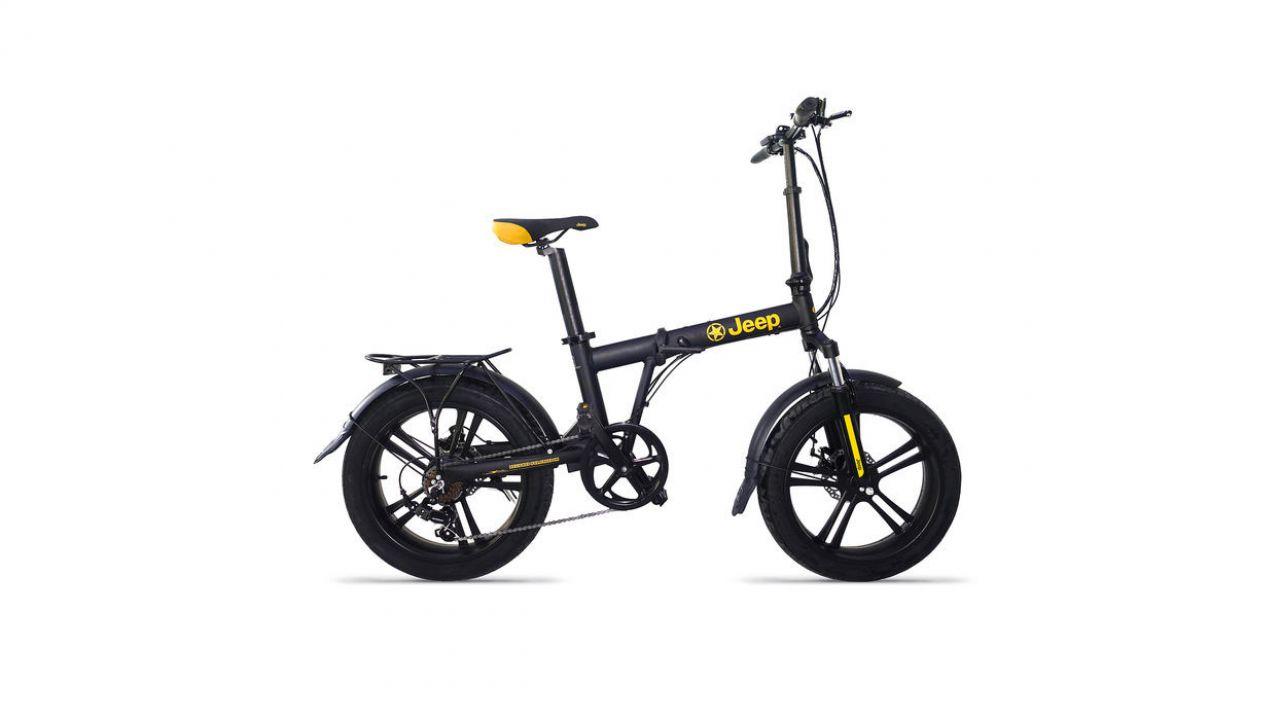 La bici elettrica Jeep Fat Bike F20 in offerta nel nuovo volantino Mediaworld