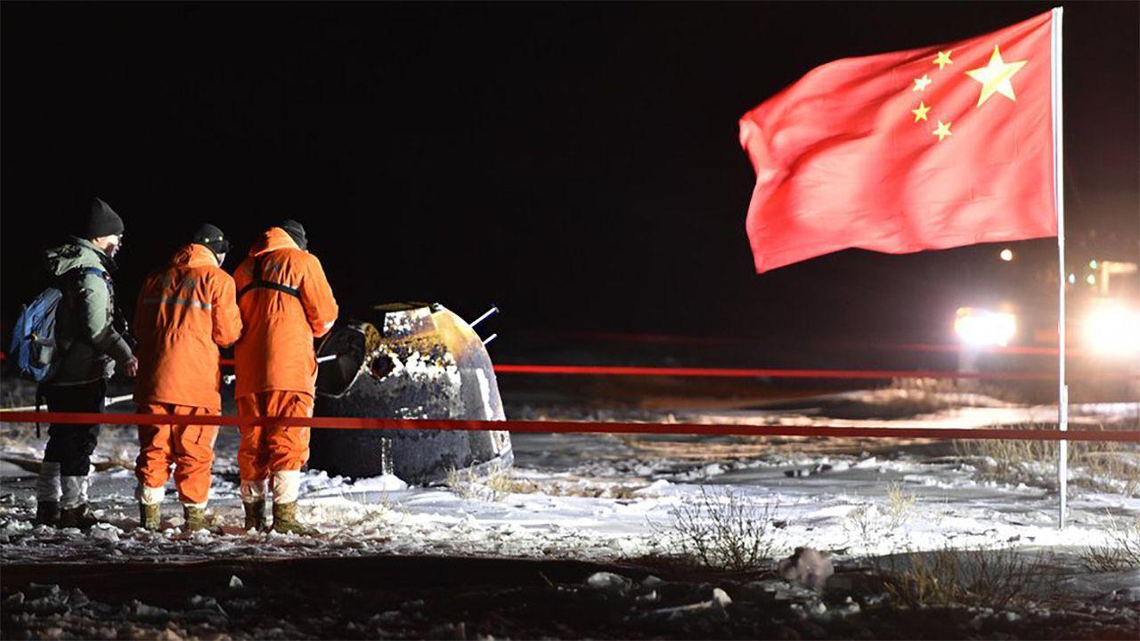 La Cina mostra le prime foto dei campioni lunari raccolti dalla sonda Chang'e 5