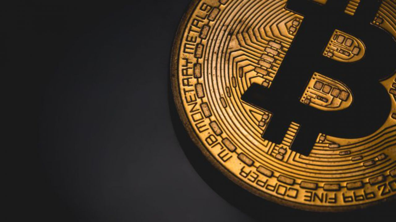 La crisi in Iran fa volare il Bitcoin: il prezzo supera gli 8.000 Dollari