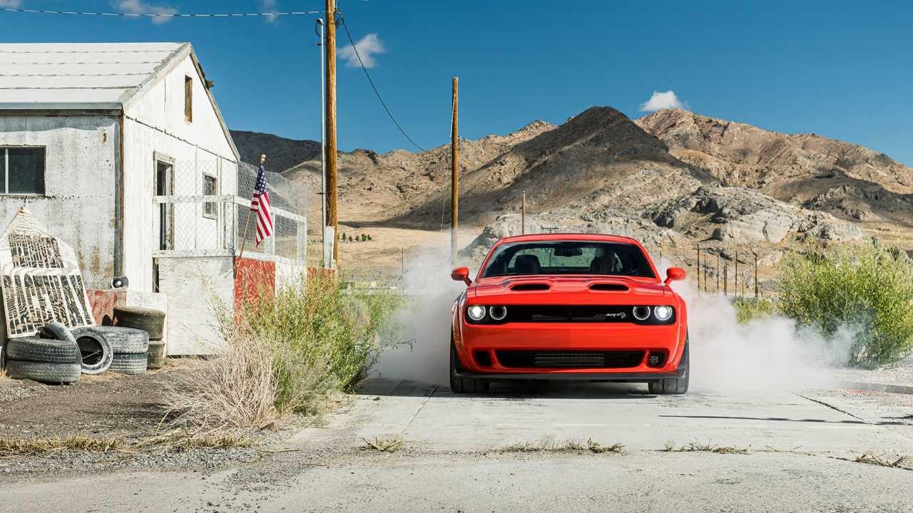 La Dodge Challenger SRT Super Stock costa appena 83 euro per cavallo