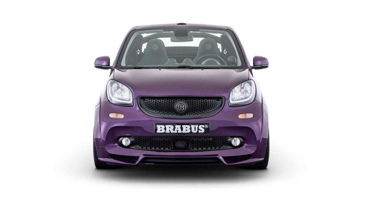 La feroce Smart EQ di Brabus: più potenza e look aggressivo