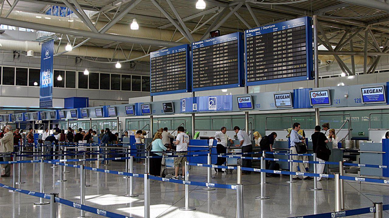 La Francia spinge per gli scanner biometrici in aereoporto