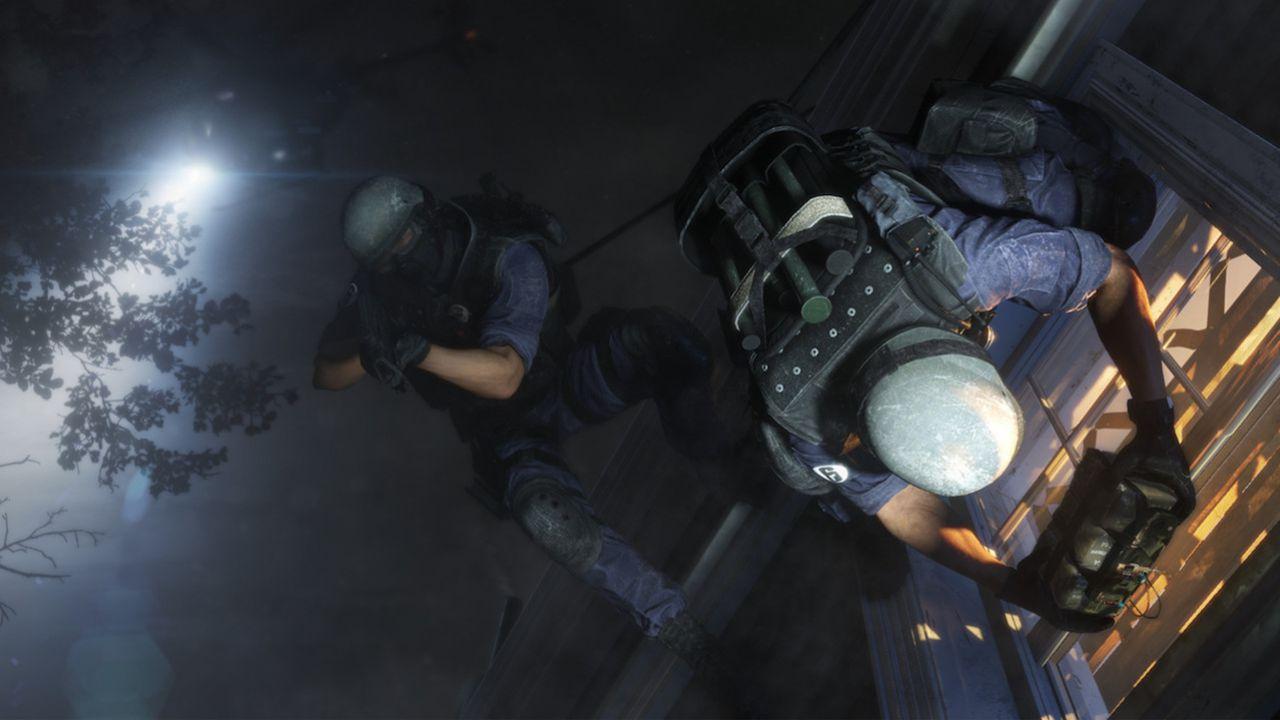 La modalità giocatore singolo di Rainbow Six Siege si presenta in questo filmato