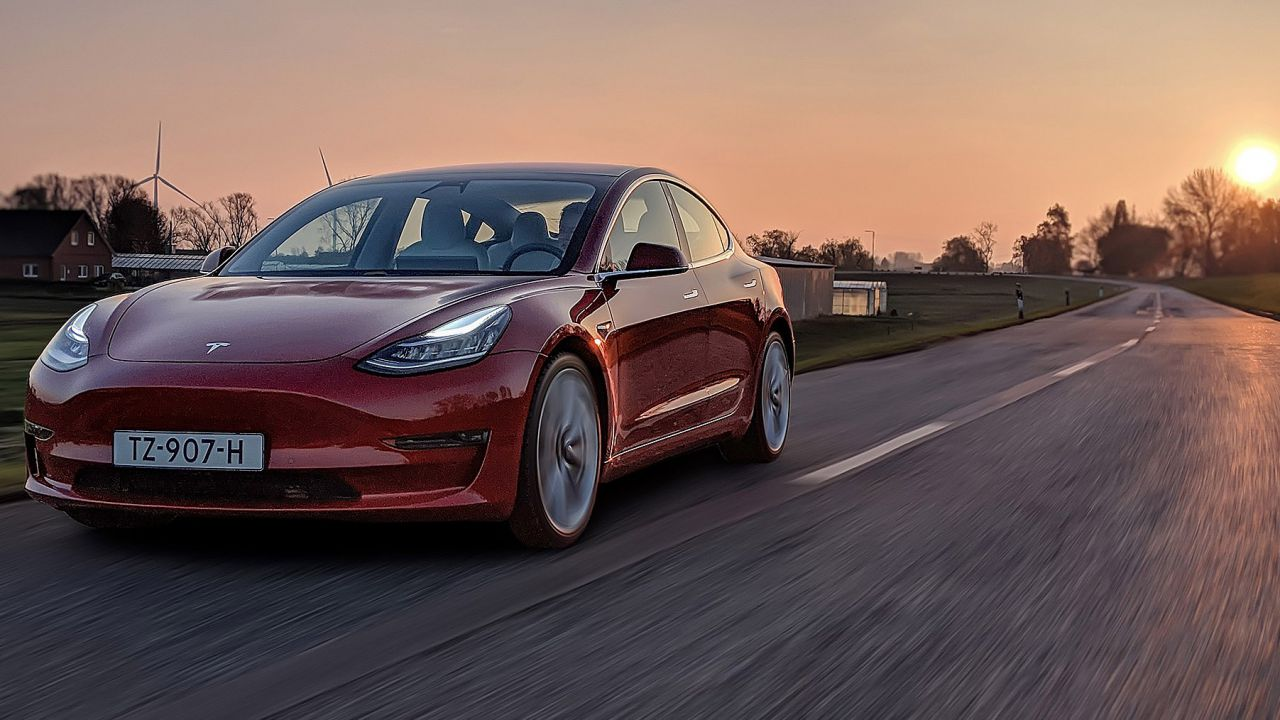 La Model 3 è la terza auto più venduta in Europa a dicembre 2019, Tesla a +368%