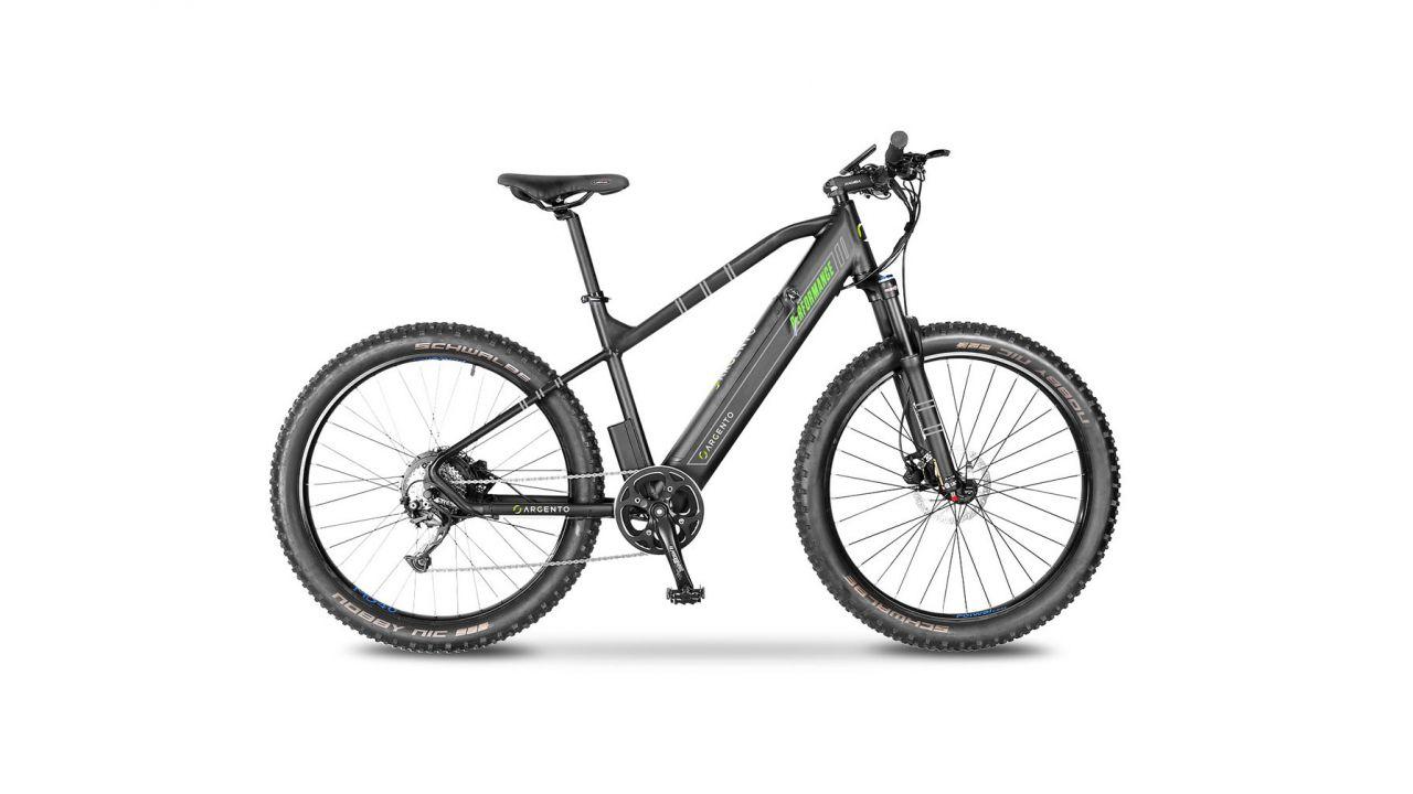 La mountain bike elettrica Argento Performance nel volantino Expert