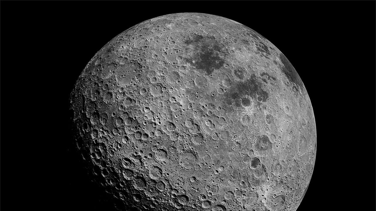 La NASA svela la scoperta sensazionale: acqua accessibile su 'tutta' la Luna!