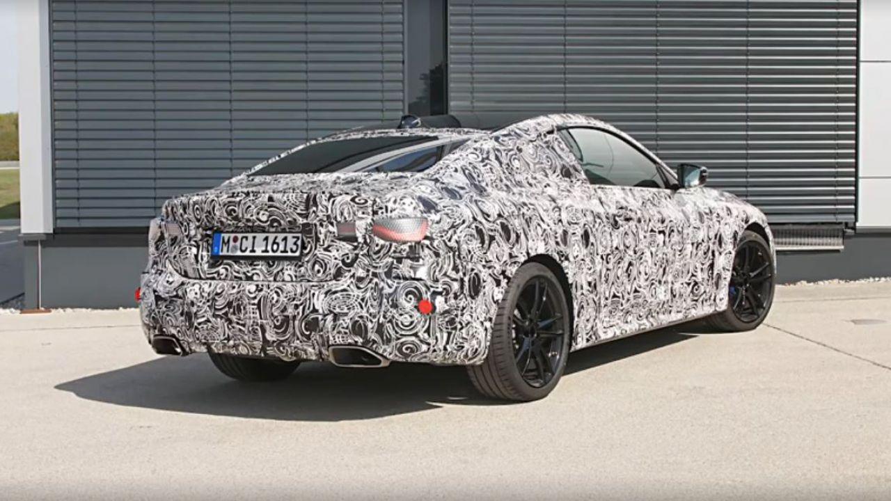 La nuova BMW M440i xDrive si mostra in un video ufficiale