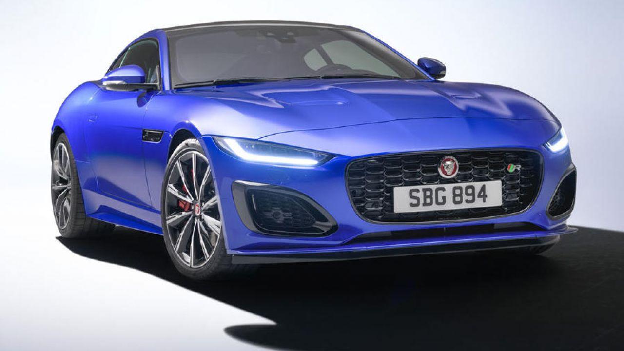 La nuova Jaguar F-Type: nuovo look, tech aggiornato e addio al V6