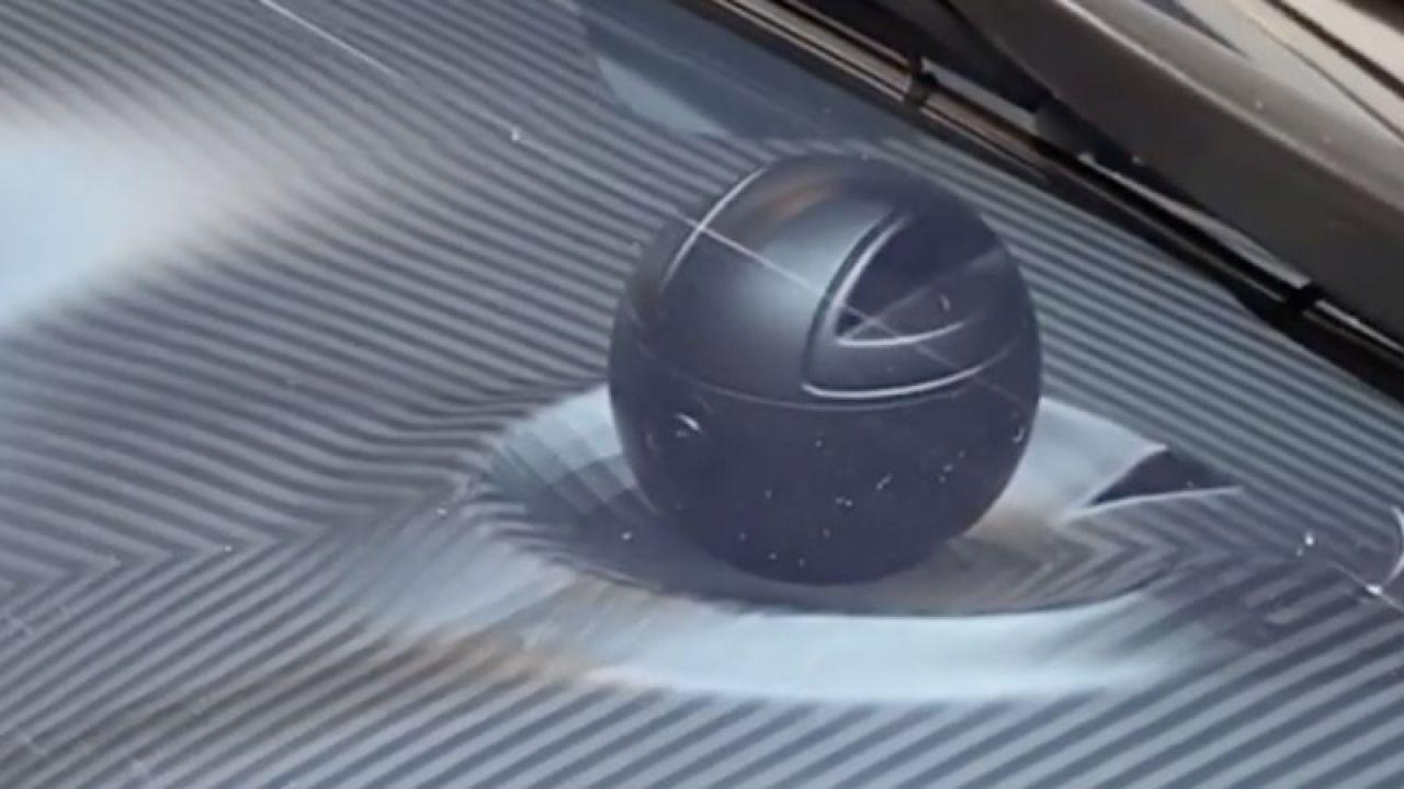 La nuova Koenigsegg Gemera ha una Morte Nera sul cruscotto?