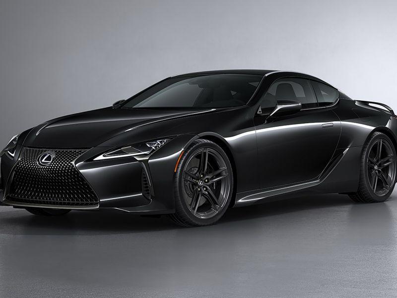 La nuova Lexus LC500 Inspiration Series è perfetta per il Cavaliere Oscuro