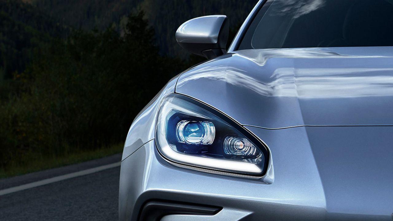 La nuova Subaru BRZ ci mostra la sua faccia a due settimane dalla presentazione