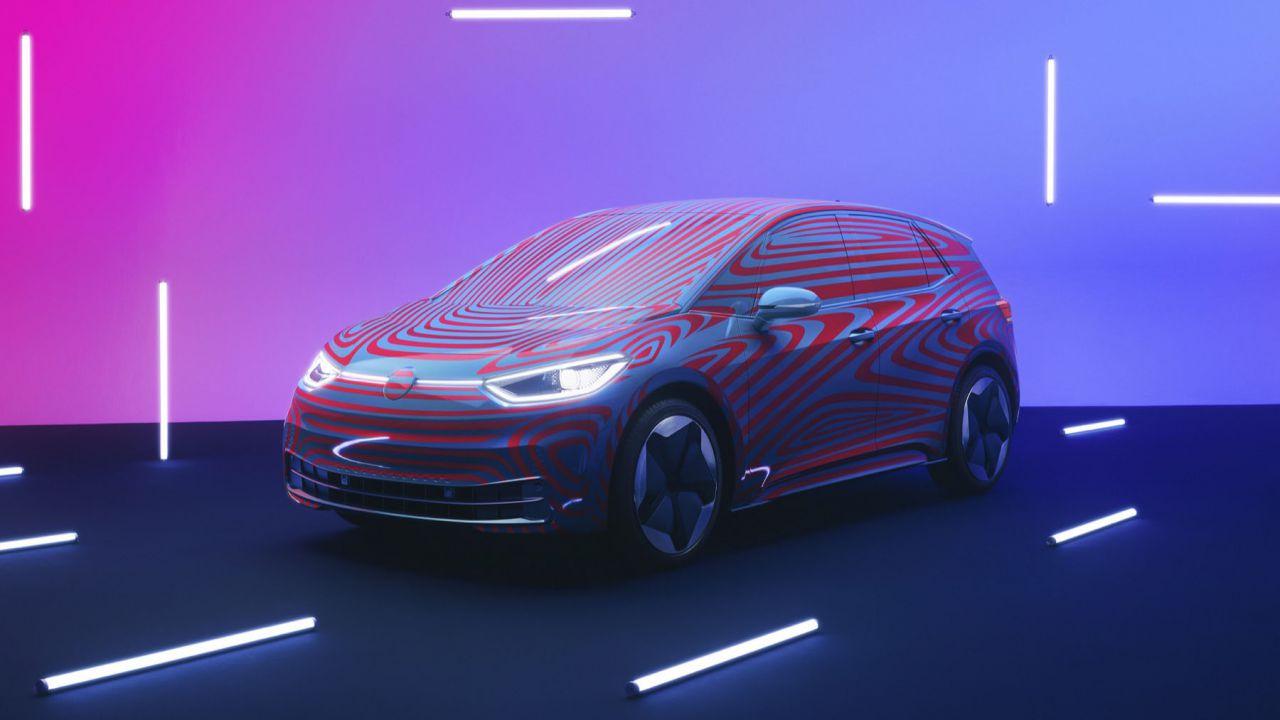 La nuova Volkswagen ID.3 elettrica è realtà: le immagini da Berlino