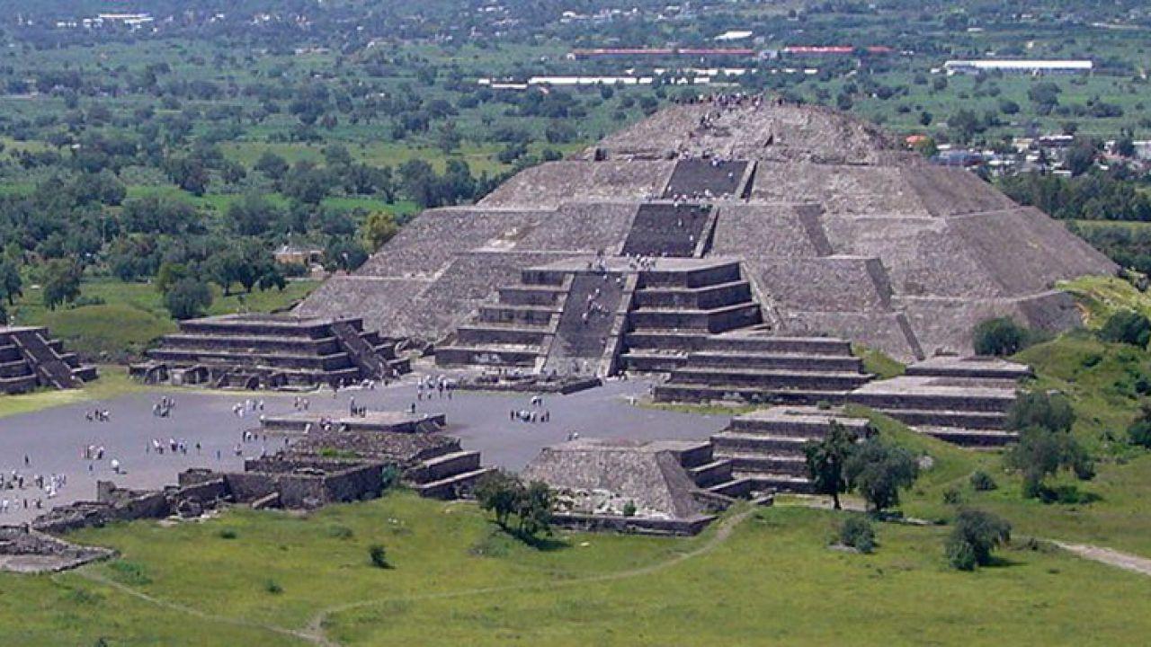 La Piramide della Luna degli Aztechi fornì la base per il design urbano della città