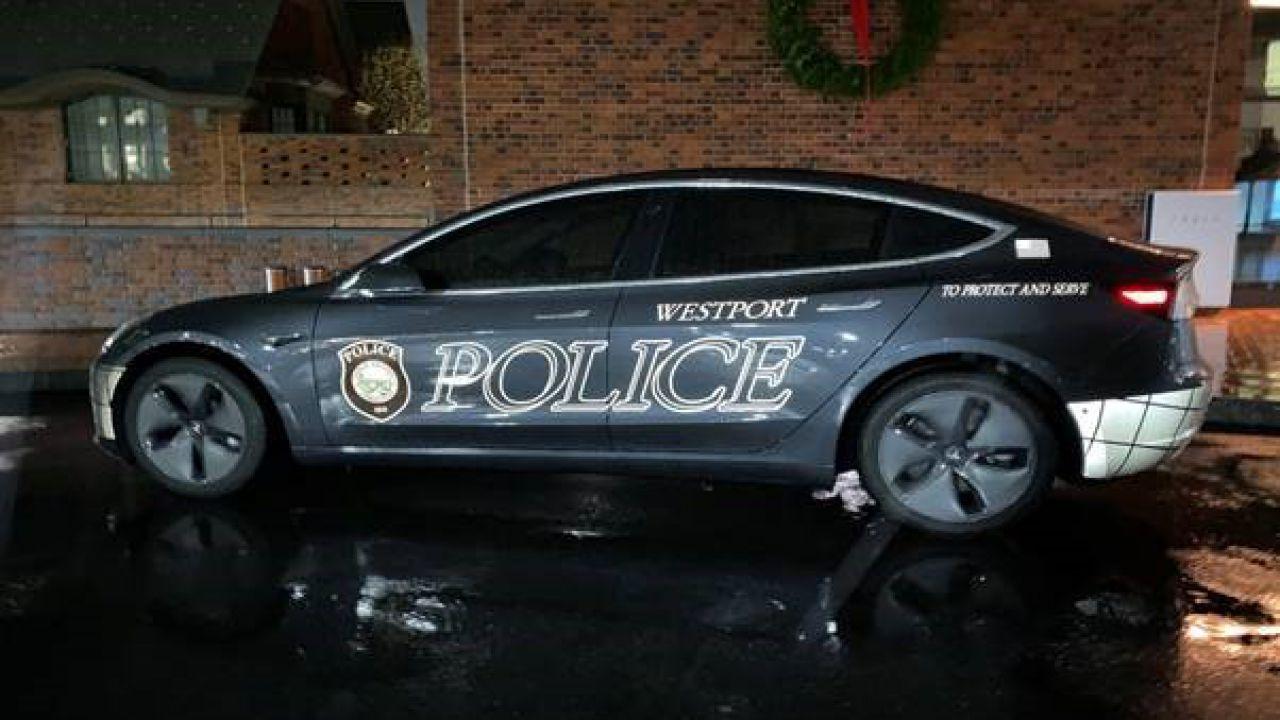 La polizia di Westport acquista le Tesla Model 3 per usare la Modalità Sentinella