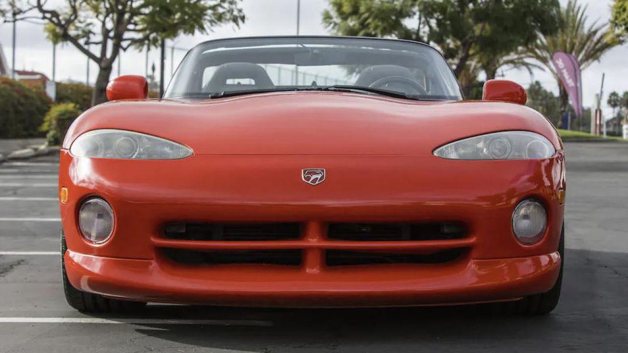 La primissima Dodge Viper della storia è stata venduta a quasi 300mila dollari