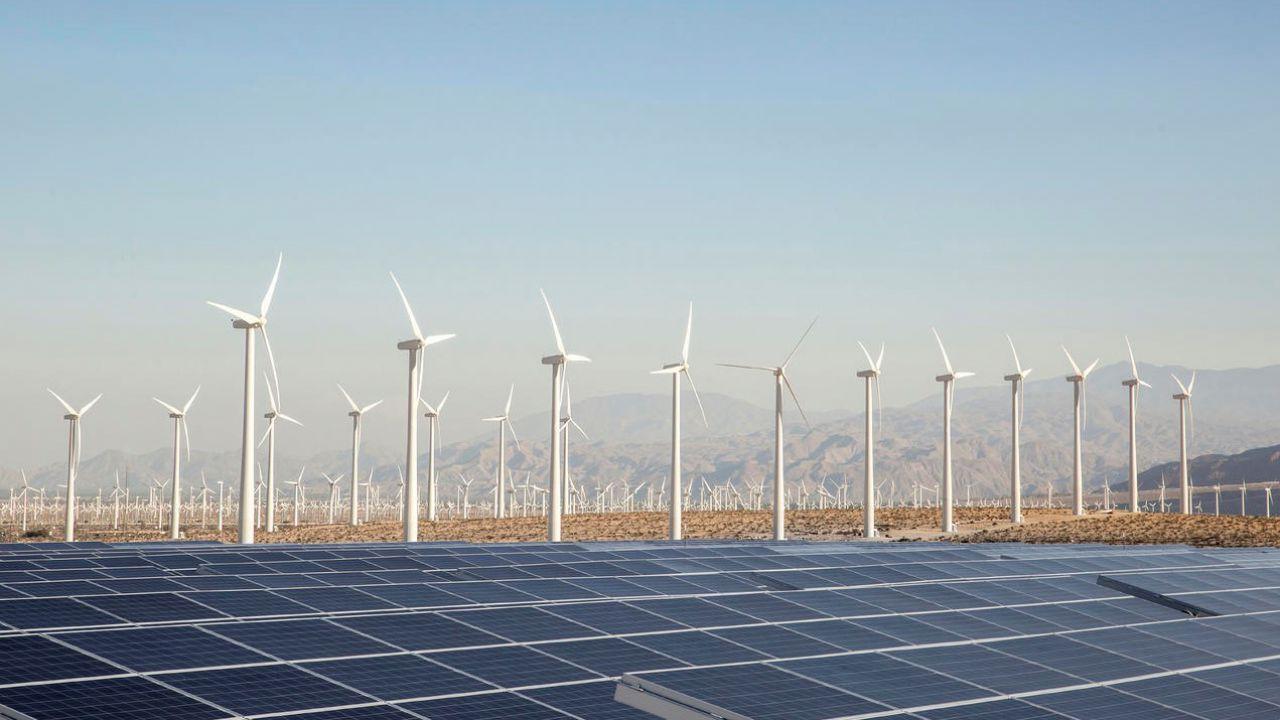 La produzione di energia mediante fonti rinnovabili ha stabilito un nuovo record nel 2020