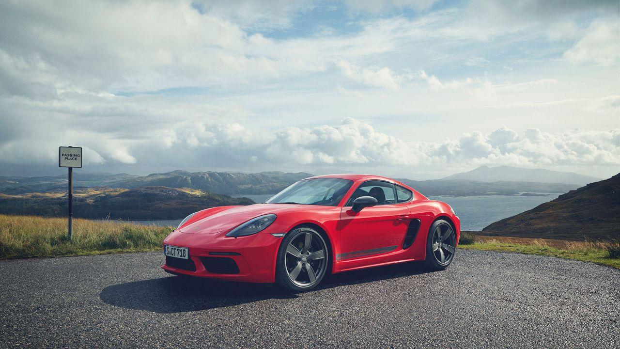 La prossima elettrica Porsche? Un piccolo SUV: 'Boxster e Cayman EV pesano troppo'