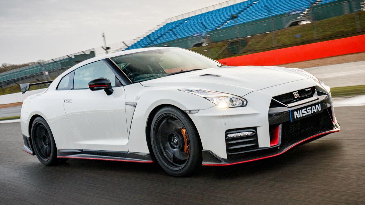 La prossima generazione di Nissan GT-R e 370Z potrebbe essere elettrica