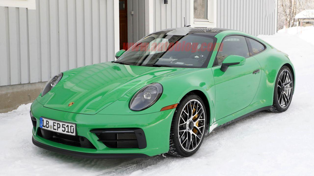 La prossima Porsche 911 GTS ha un aspetto fantastico: le immagini