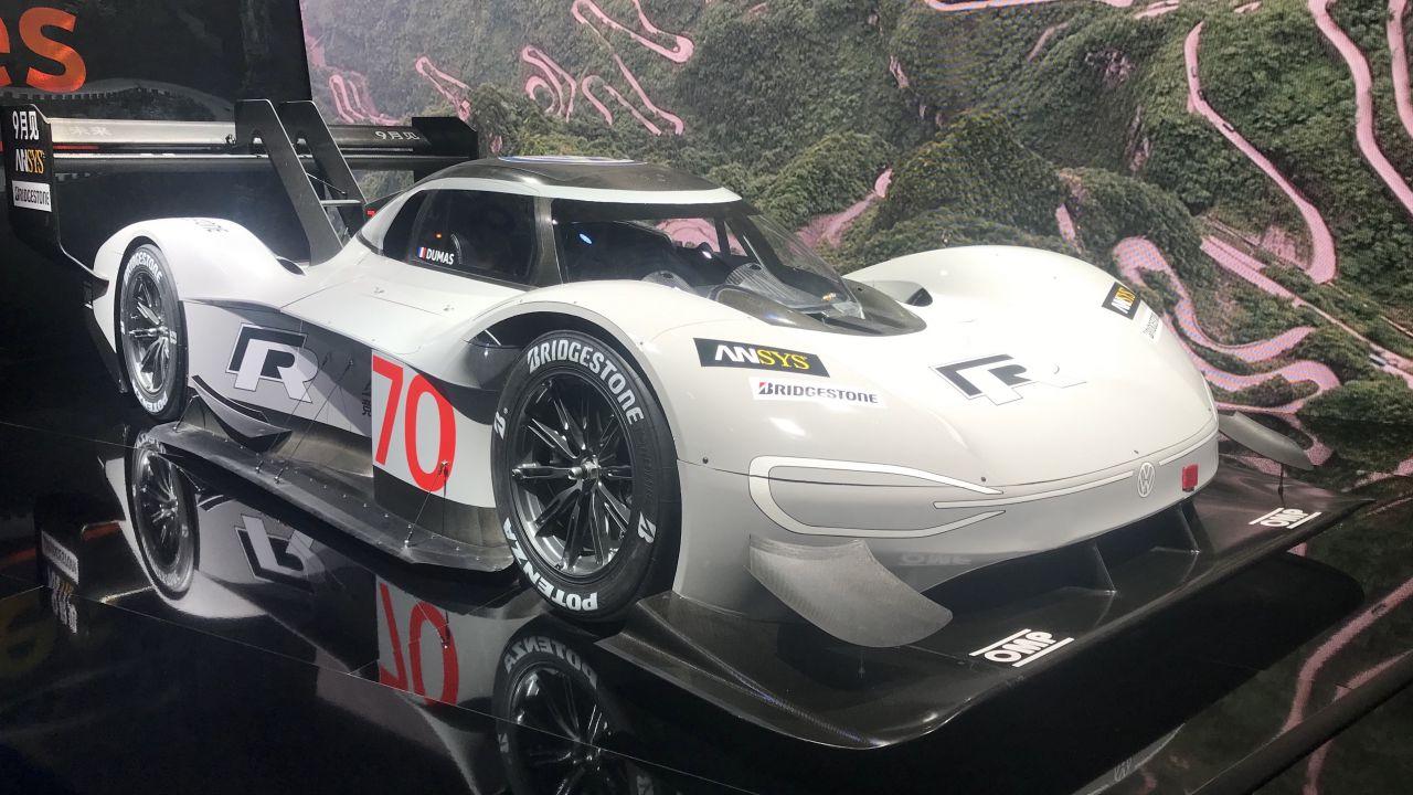 La prossima VW I.D. R conterrà tecnologia misteriosa per sfidare la Tesla Roadster