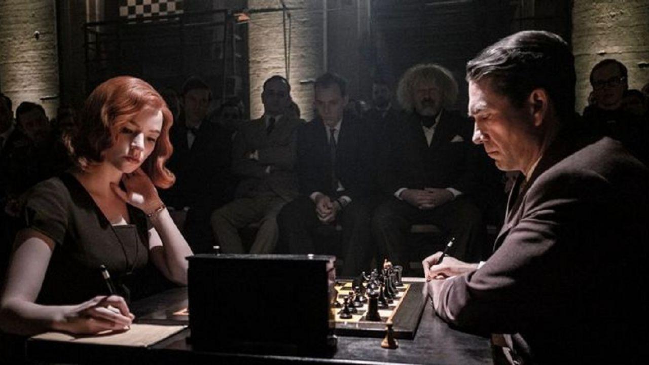 La regina degli scacchi: le 5 differenze più evidenti con il romanzo originale