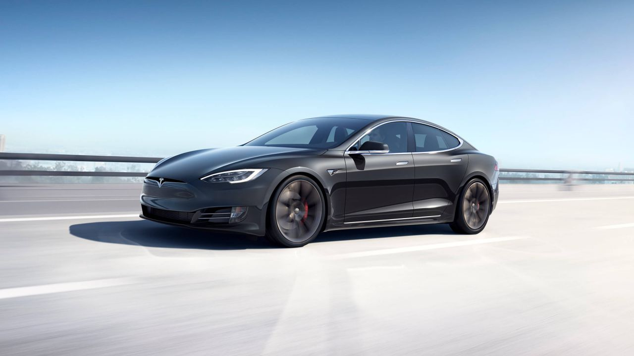 La Tesla Model S incrementa la propria autonomia per dati record