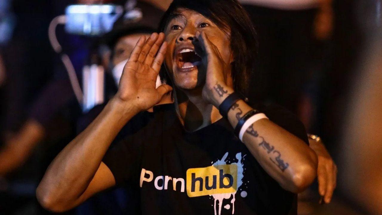 La Thailandia oscura Pornhub, manifestazioni in piazza: 'lasciateci liberi'