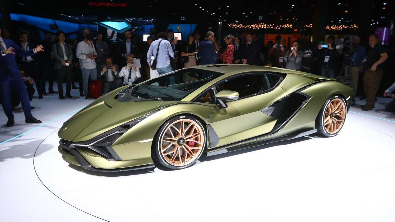 Lamborghini dice addio ai Saloni dell'Auto: cosa sta succedendo?