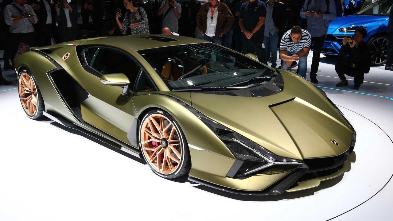 Lamborghini: l'erede dell'Aventador e la nuova ibrida Sian avranno un design diverso