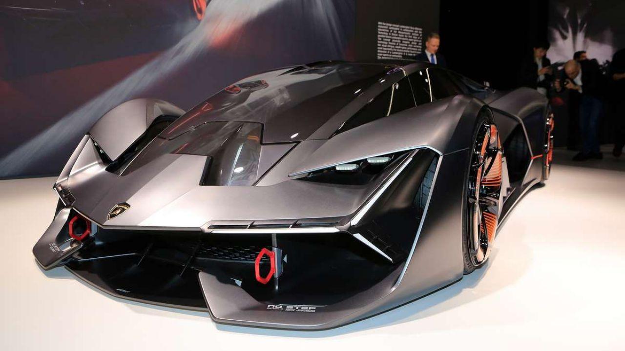 Lamborghini: 'il nostro futuro? Sono le hypercar ibride'