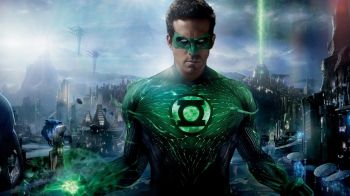 Lanterna Verde: Ryan Reynolds recensisce il film