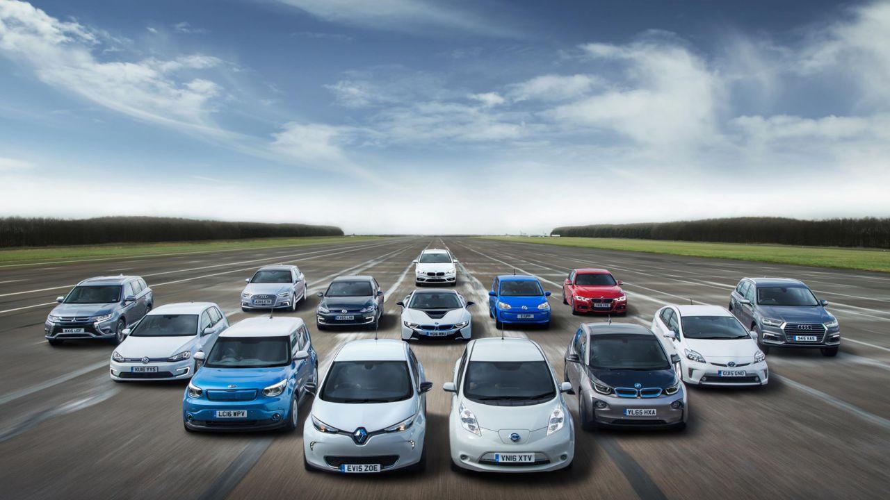 Le auto elettriche potrebbero invadere il Regno Unito, lo afferma un sondaggio