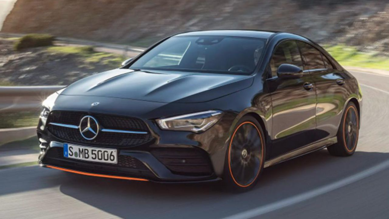Le foto leaked della nuova Mercedes CLA a poche ore dalla presentazione