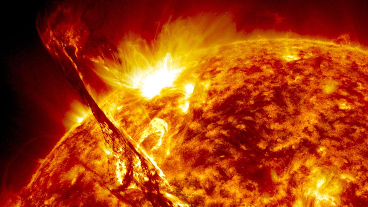 Perchè le stelle brillano nel cielo: origine della luce Credits: tech.everyeye.it