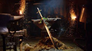 League of Legends: i ragazzi di Man at Arms Reforged forgiano la spada di Master Yi