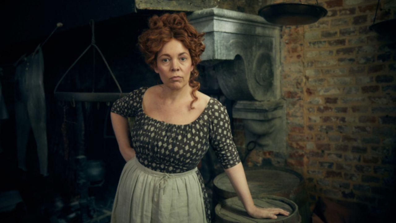 Les Misérables: Lily Collins e Olivia Colman nelle nuove immagini ufficiali