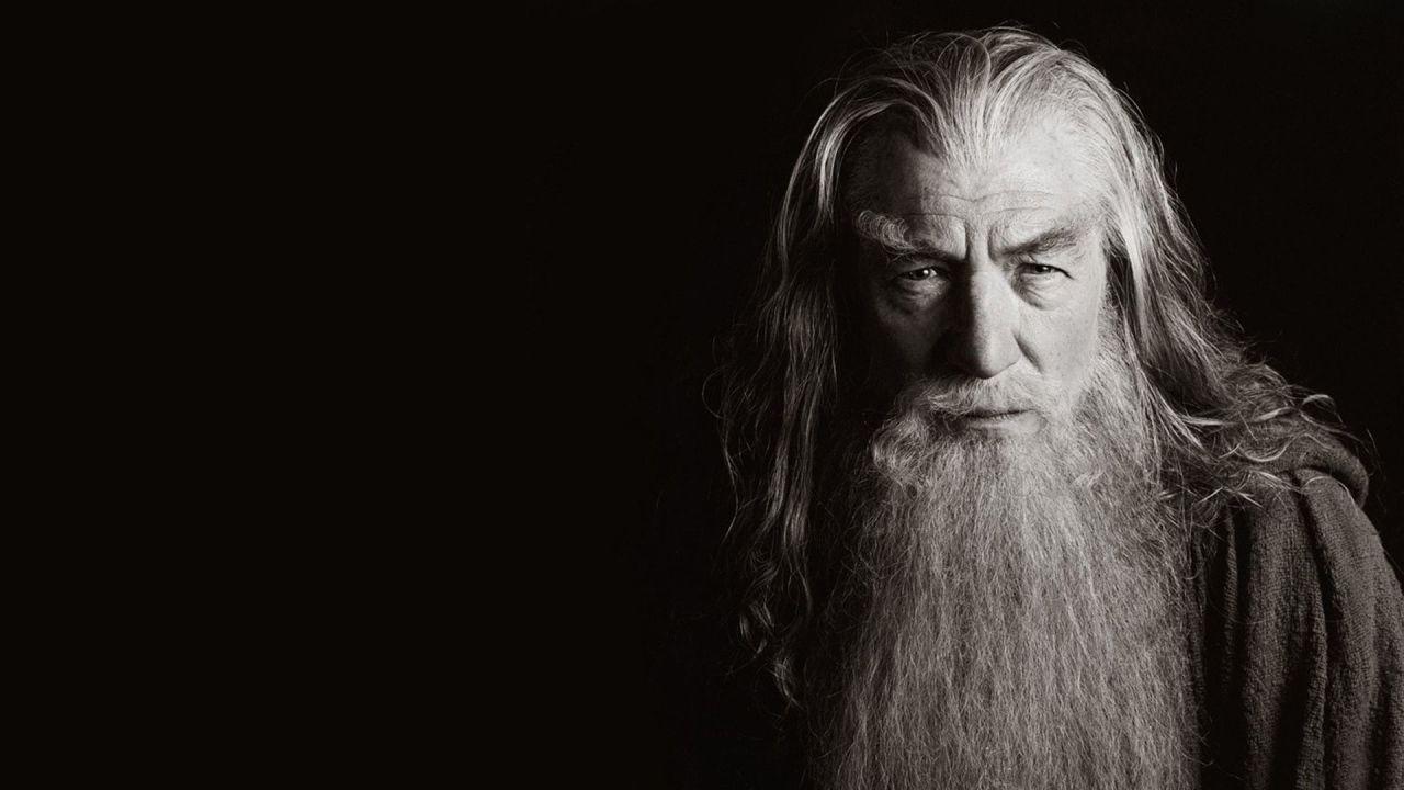 Lo Hobbit, Ian McKellen in lacrime sul set: ecco come lo consolarono i colleghi