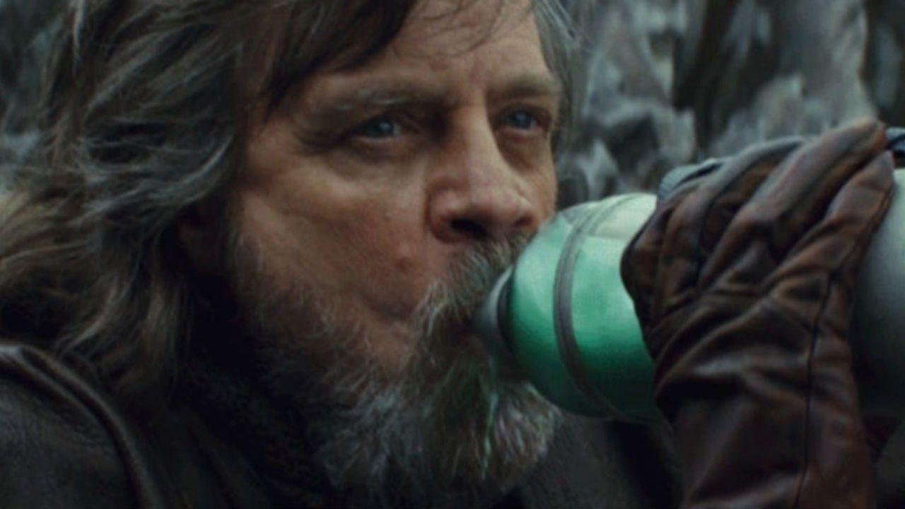 Mark Hamill rivela che gusto aveva il latte verde bevuto in Star Wars: Gli Ultimi Jedi