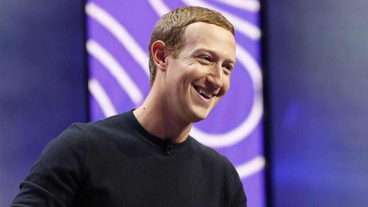 Mark Zuckerberg sempre più ricco: il patrimonio supera i 100 miliardi