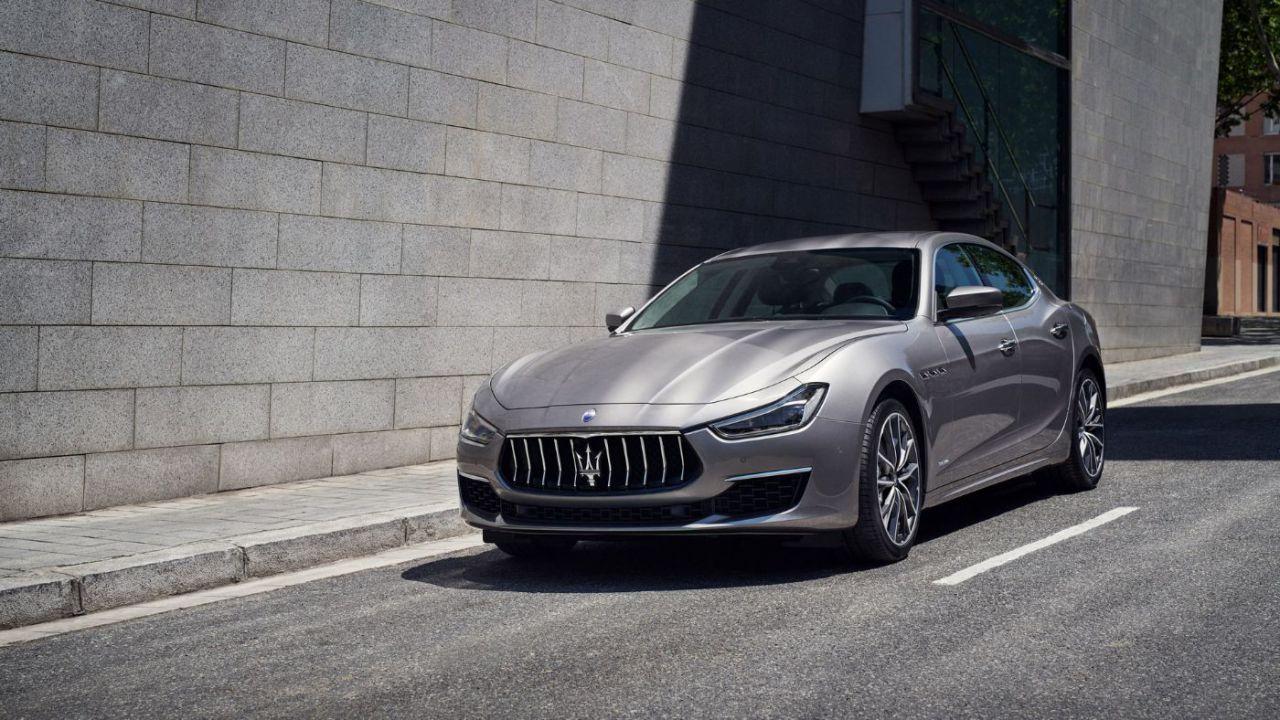 Maserati pronta a svelare la sua prima ibrida nel mese di aprile