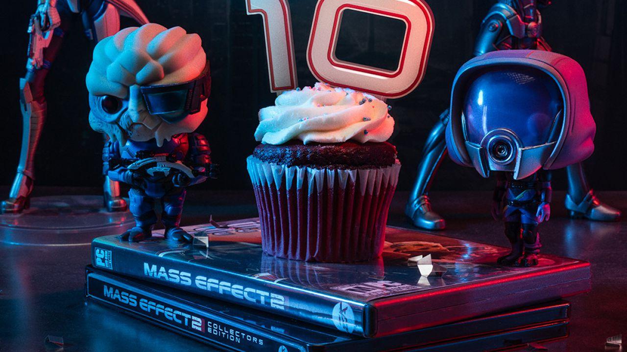 Mass Effect 2 compie 10 anni: BioWare celebra la ricorrenza, prevista una Remaster?
