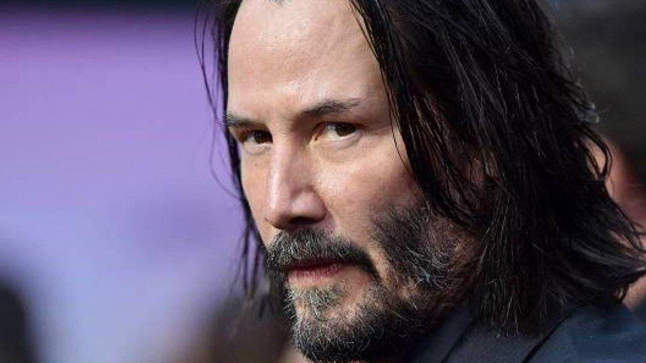 Matrix 4, Keanu Reeves spiega la passione per la fantascienza: 'Il futuro m'incuriosisce'