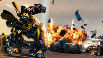 Megan Fox vi sfida a Transformers