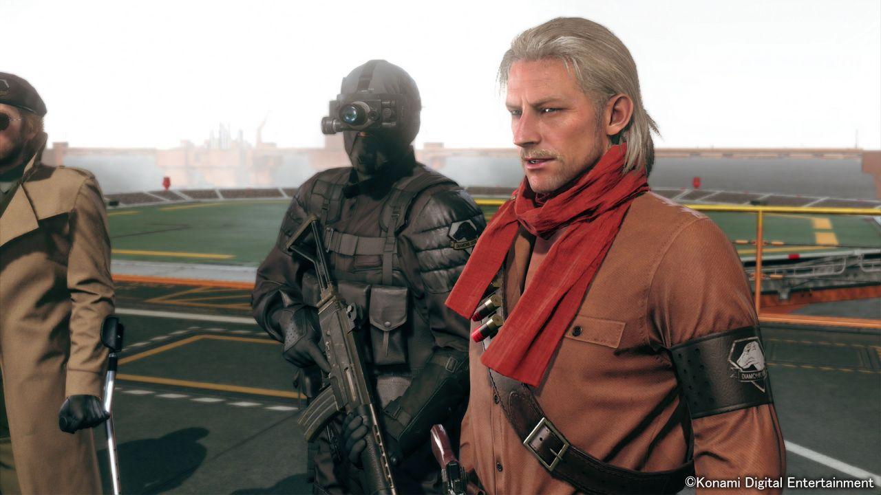 Metal Gear Solid V: The Phantom Pain, Konami pubblica le prime immagini del cappello da pollo