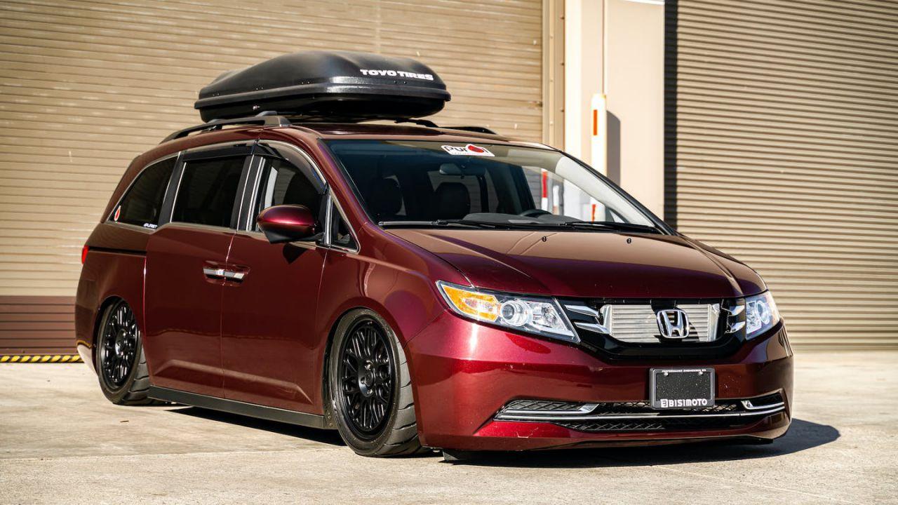 Mettete le cinture ai vostri pargoli, questa Honda familiare adesso ha 1.665 cavalli