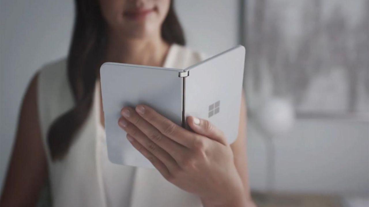 Microsoft ammette: Android è il miglior sistema operativo per il Surface Duo