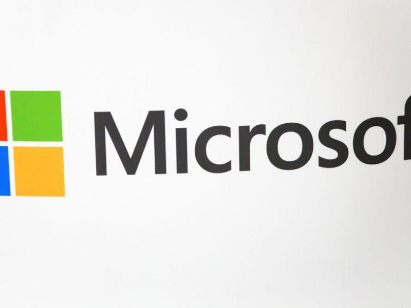 Microsoft licenzia oltre 50 giornalisti: saranno sostituiti dall'intelligenza artificiale